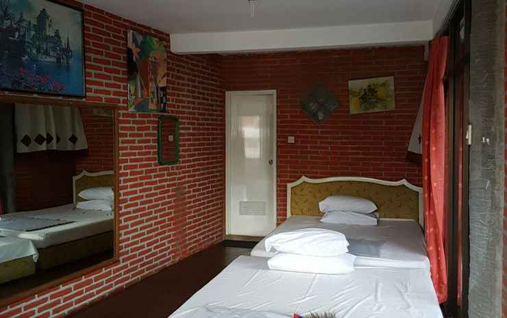 Villa Mahameru 4Bedrooms Malang - Four Bedroom