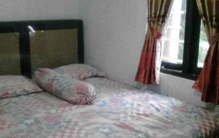 Double Bed at Jalan Merica Pondok Cabe (MIC) Tangerang Selatan -