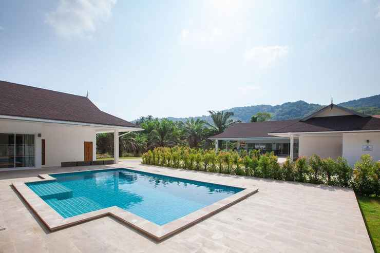 SWIMMING_POOL Villa Baan Lalle