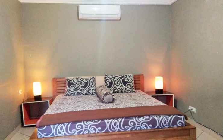 Budget Room near UGM at Bening Guesthouse Yogyakarta - Deluxe Room (Max CheckIn 11PM)