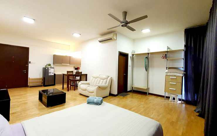 Best KL City View at Regalia Residence Kuala Lumpur - Queen Studio (Non Smoking) for 2 pax