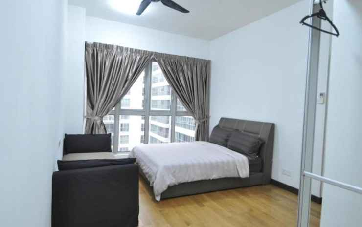 Best KL City View at Regalia Residence Kuala Lumpur - Two Bedrooms Apartment  (Non-Smoking) for 5 pax