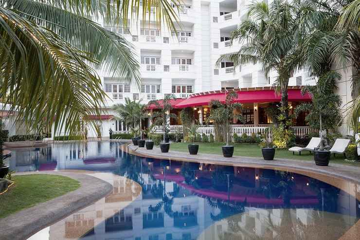 SWIMMING_POOL Lewis Grand Hotel
