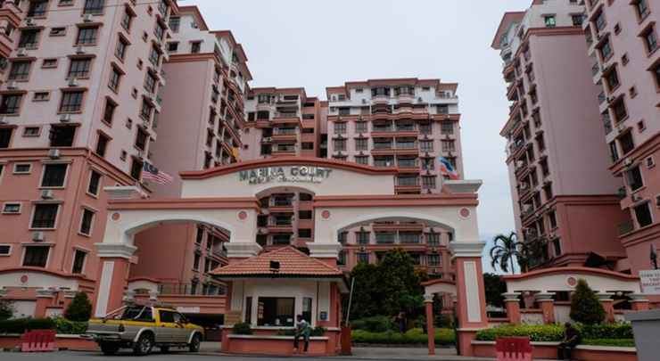 EXTERIOR_BUILDING MC Holiday Apartment @ Marina Court