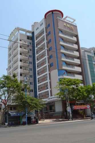 EXTERIOR_BUILDING Khách sạn Roots (Khách sạn Amis cũ)