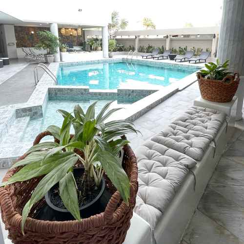 SWIMMING_POOL Garden Paradise Hotel & Serviced Apartment