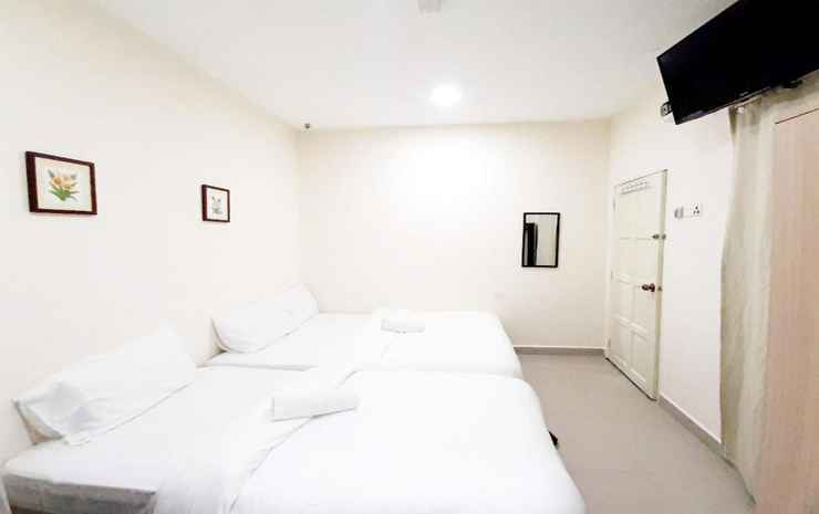 MN ferringhi inn  Penang - Deluxe Triple ac with Attached Bath