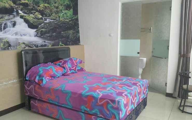 Comfortable 4BR Villa in Batu City at Villa Kapal Malang - Four Bedroom Villas