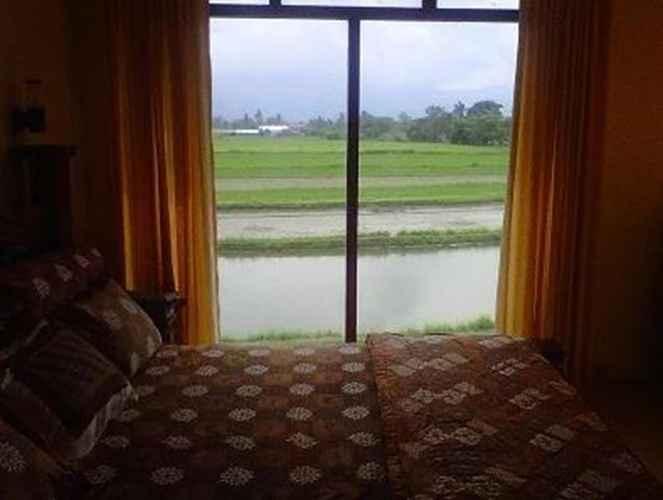 BEDROOM Affordable Room Near Borobudur at Rumah Limasan