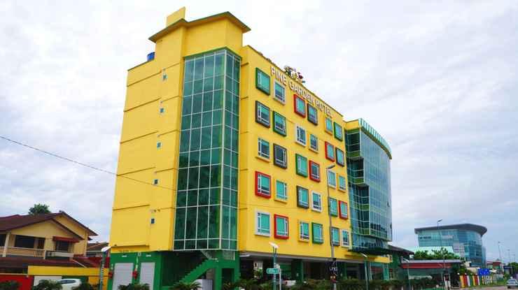 EXTERIOR_BUILDING Pine Garden Hotel