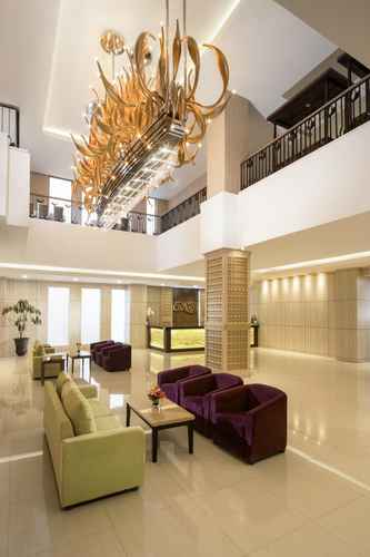 LOBBY Hotel Chanti Managed by TENTREM Hotel Management Indonesia