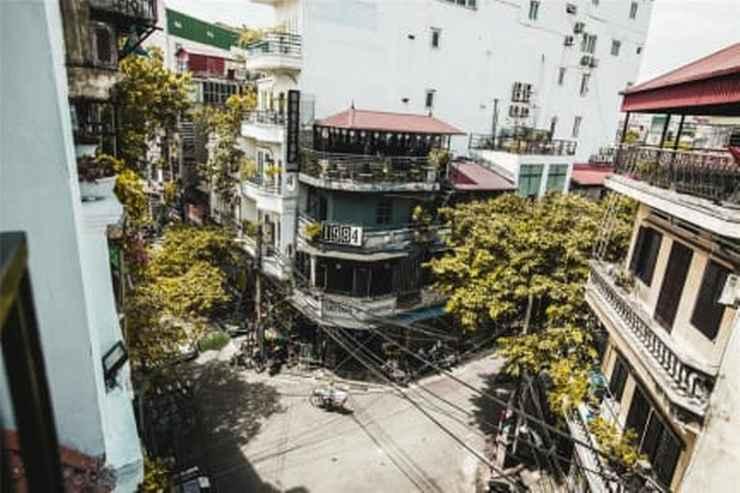EXTERIOR_BUILDING Hanoi Prague Hostel