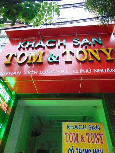 LOBBY Khách sạn Tom & Tony