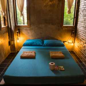 THE FLYING FISH BOUTIQUE HOSTEL