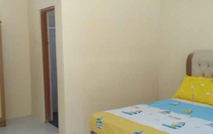 Guesthouse Rumah Kayu (RF2) Bukittinggi - Standard Room, Pasangan butuh bukti nikah, Max check in 12 pm