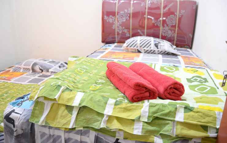Zaky Guest House (ZK1) Bukittinggi - Standard Room AC, Pasangan butuh bukti nikah
