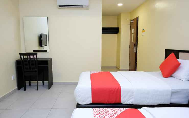 The Fern Lodge Johor - Suite Triple Room