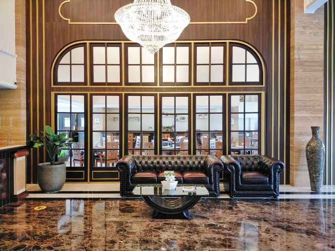 LOBBY D'Senopati Malioboro Grand Hotel