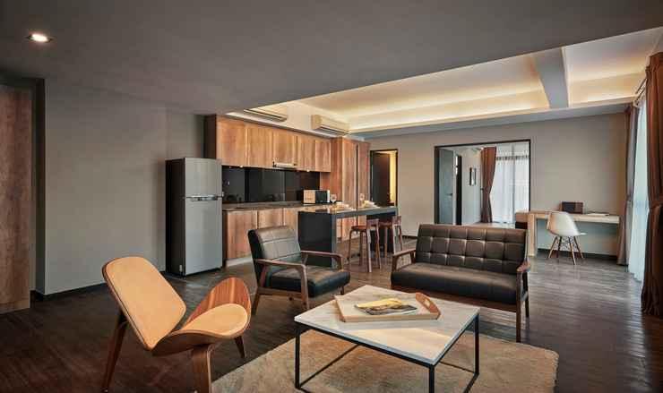 BEDROOM Tropics Eight Suites