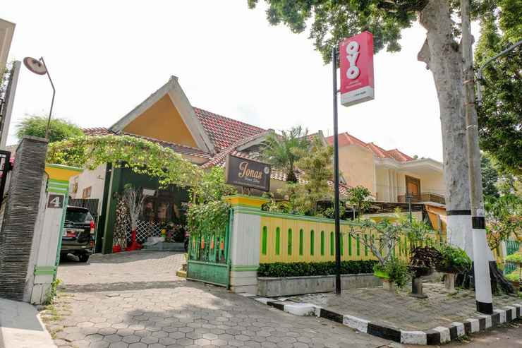 Oyo 2772 Jonas Homestay Malang Low Rates 2020 Traveloka