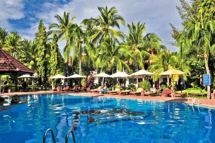 SWIMMING_POOL Bốn Biển Resort Mũi Né