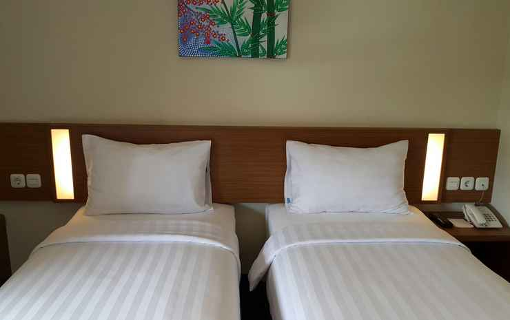 BiZ Hotel Ambon - DELUXE TWIN - INC BREAKFAST