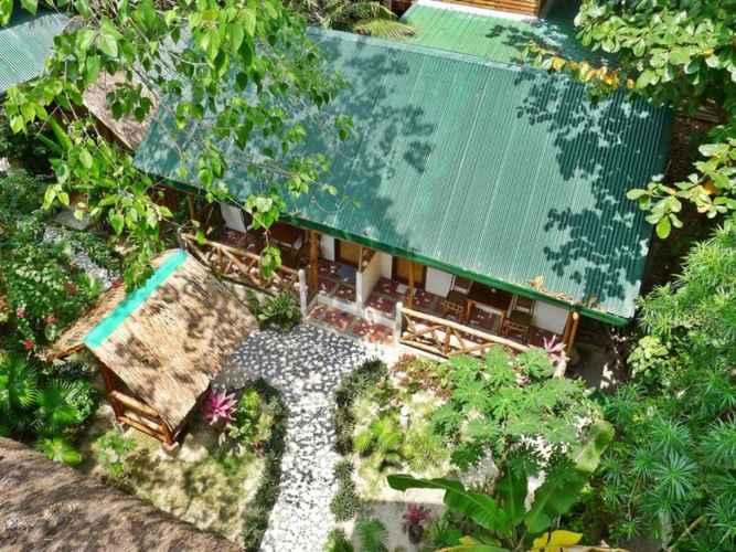 LOBBY Golden Monkey Cottages