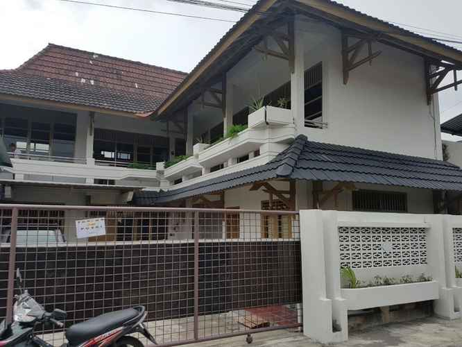 EXTERIOR_BUILDING Affordable Room near Airport at 488 Home