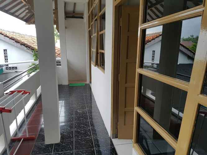 LOBBY Affordable Room near Airport at 488 Home