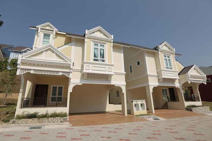 EXTERIOR_BUILDING Everia Villas Resort - Bukit Gambang Resort City