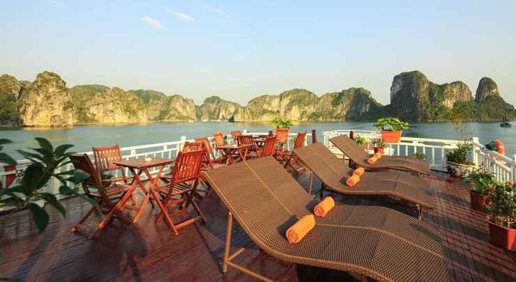 LOBBY Du thuyền Halong Golden Bay