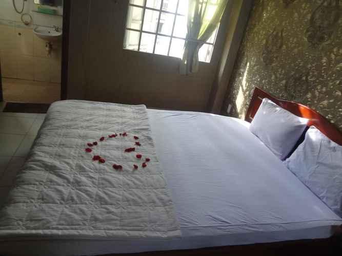 BEDROOM Khách sạn Hoàng Hà
