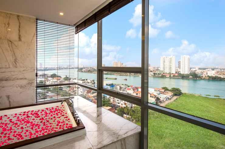 BATHROOM Charm Suite Residence Saigon