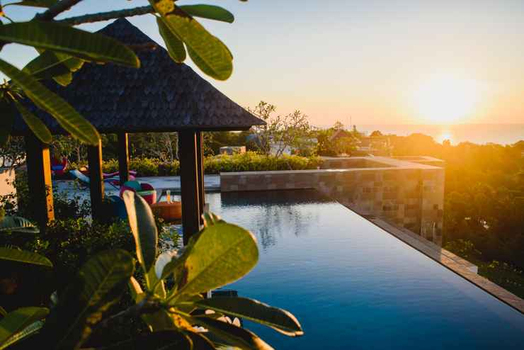 SWIMMING_POOL AYANA Residences Luxury Apartment