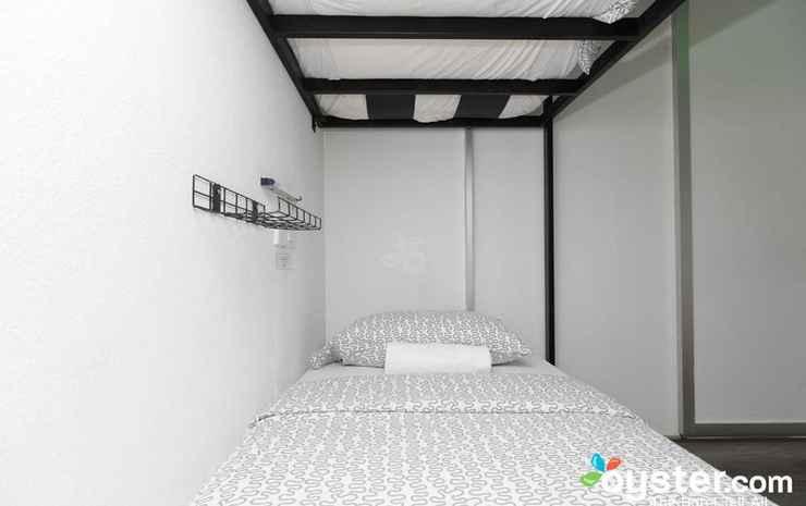Roomies Penang Boutique Bed & Breakfast Penang - Cinema Room (Shared Bathroom)