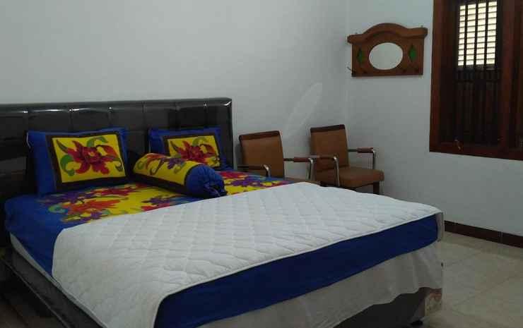Guest House 51 Pekalongan - Standard Room