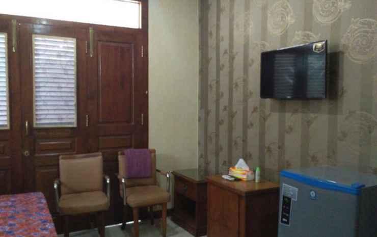 Guest House 51 Pekalongan - Executive Room