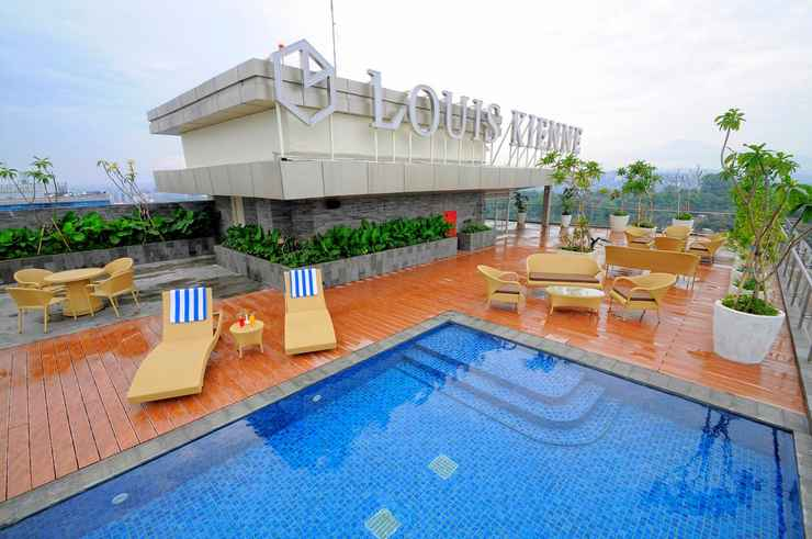 SWIMMING_POOL Louis Kienne Hotel Pandanaran