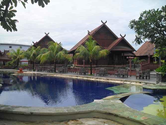 SWIMMING_POOL Hotel Pantai Gapura Makassar