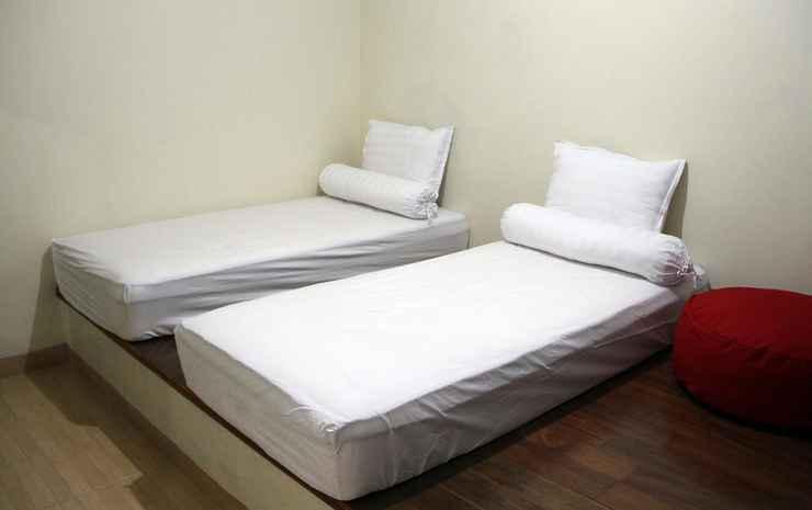 Green Leaf Guest House Yogyakarta - Twin Room