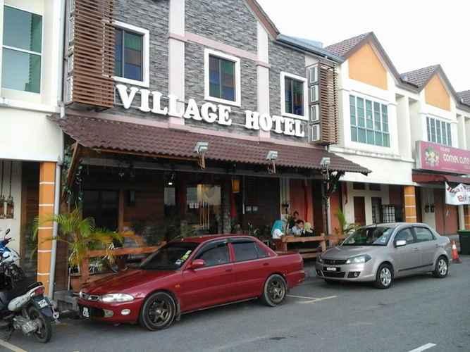 EXTERIOR_BUILDING Village Budget Hotel