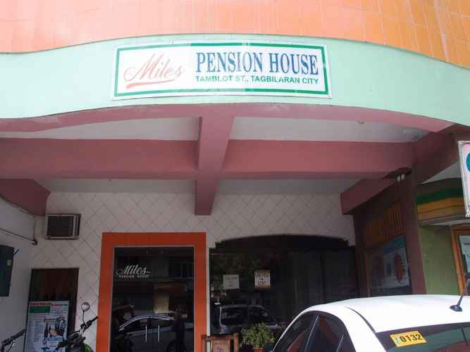EXTERIOR_BUILDING Miles Pension House