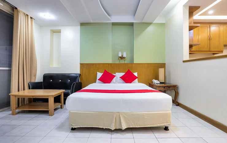 Alley 8 Apartments Makati
