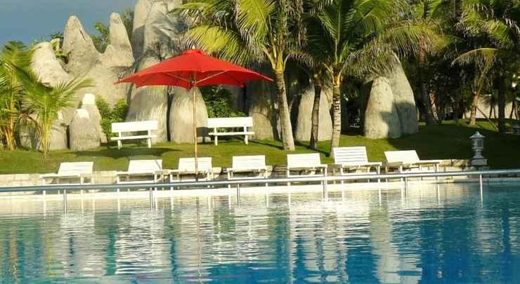SWIMMING_POOL Peaceful Resort