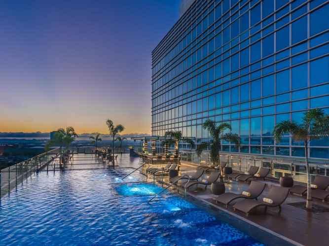SWIMMING_POOL Richmonde Hotel Iloilo