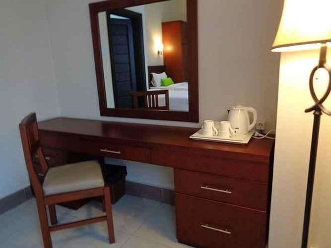 BEDROOM DWD Hotel Syariah