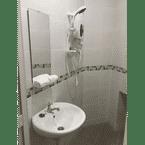 BATHROOM b Hotel Kajang