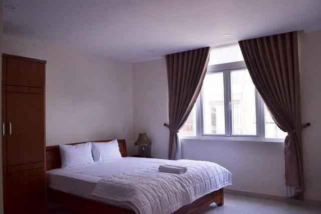 BEDROOM Quynh Hoa Hotel
