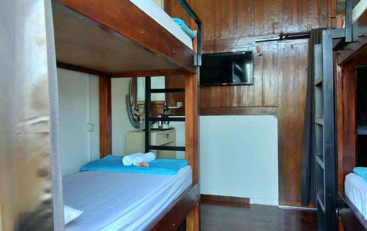 Bata Merah Villa & Tent Malang - Dormitory For 4 Person