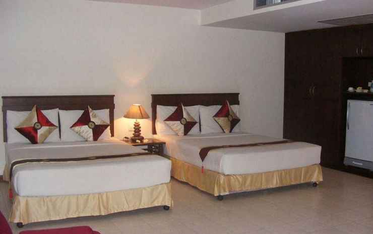 Crown Pattaya Beach Hotel Chonburi - Family Suite Room Only